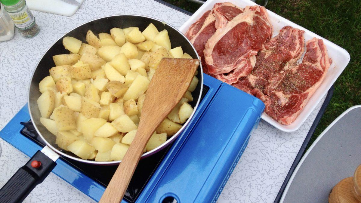 Die Küche für Unterwegs: Gaskocher für den Mini-Camper